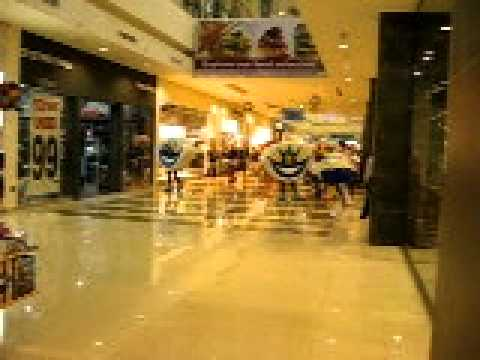 Dubai Outlet Mall,inside