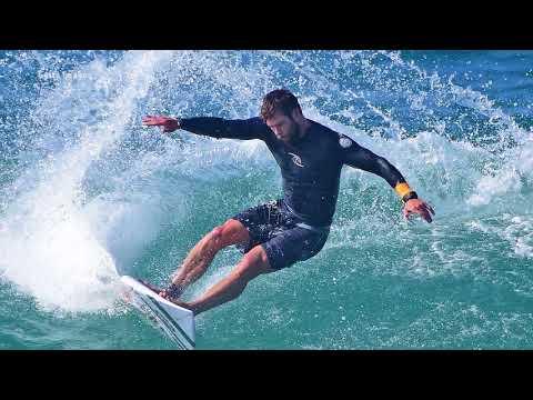 Adrenaline Junkie Chris Hemsworth Talks Love of Surfing