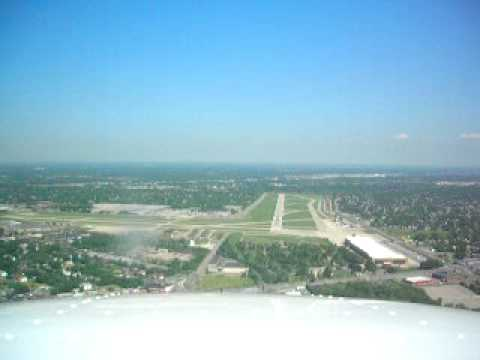 Detroit City Airport Takeoff and Landing Cessna 172