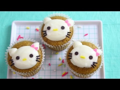 How to Make Hello Kitty Pumpkin Cupcakes!