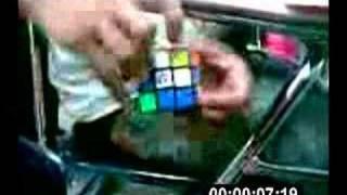 Derek Solving The Rubixcube Fast!!!