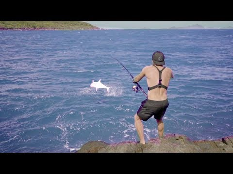 Catching BIG Fish on LIGHT Tackle -- On The Rocks Ep.5