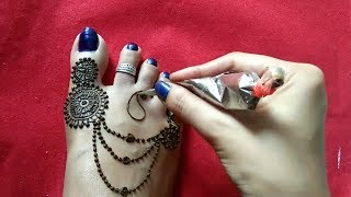 Stylish feet Henna / Simple and easy leg mehendi design 2017 / Step by step tutorial