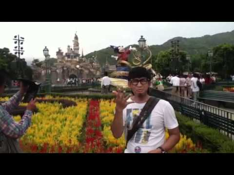 A deaf Indonesian travels in Disney land Hong Kong