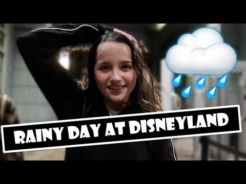Rainy Day At Disneyland 🌧 (WK 374.3)   Bratayley