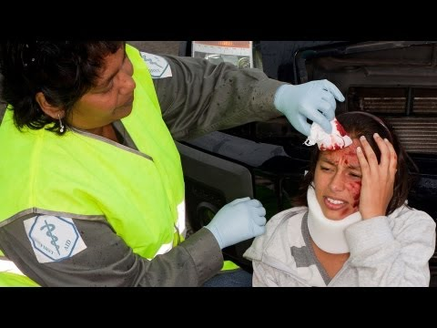 How to Treat a Head Injury | First Aid Training