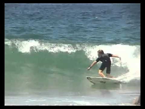 The Advanced Surfer   Small Wave Surfing
