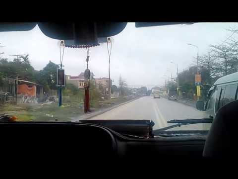 Adventure Funny Driver Bus from Hanoi to Halong Bay Vietnam Video Reviews
