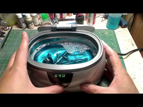 Ultrasonic Cleaner to Clean your Airbrush