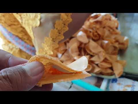 sweet small crepe street food