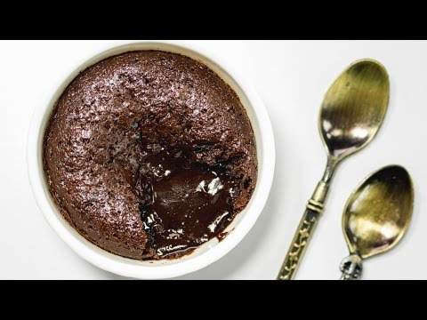 Lava Cake in Cooker Recipe | Pressure Cooker Chocolate Lava Cake | Eggless Baking Without Oven