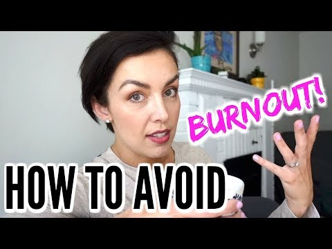 SOCIAL MEDIA BURNOUT: YouTube Algorithm + Comparison Hangovers | AmandaMuse