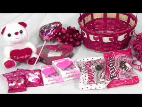 How to make a simple Valentines basket with candy and decorations