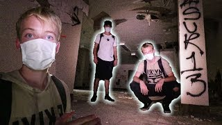 EXPLORING A HAUNTED ABANDONED HOSPITAL | (chased out)
