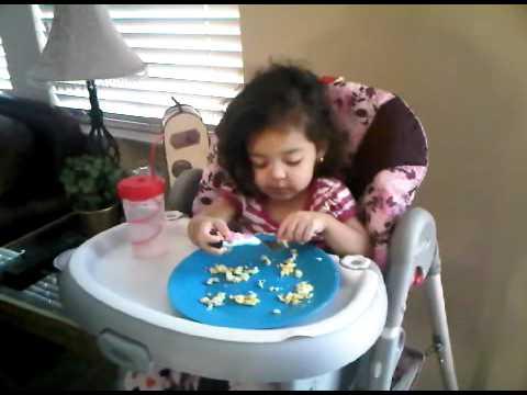 Giselle eating breakfast!!!