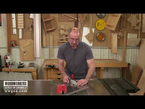 How to Set a Miter Gauge for 45 Degrees