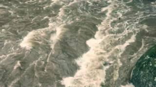 Truckee River Flooding Jan 8 2017 (slow-mo)