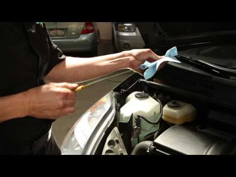 How to check the oil on a Gen 2 Prius