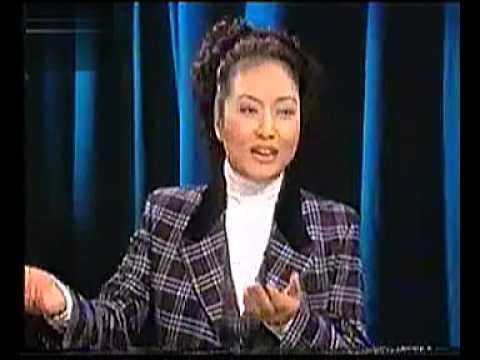 彭丽媛1999年在节目中谈及自己丈夫