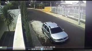 Alerta: homens estariam tentando assaltar casas em Botucatu; vídeo 02