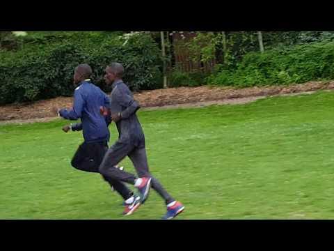 Marathon Race Pace Training - ABEL KIRUI - Day Before London Marathon 2017