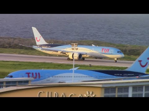 787-9 FIRST Revenue Flight to Curacao! Thomson/TUI 787-8 and 787-9 and KLM 747s at Curacao Airport