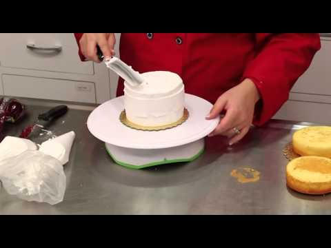 Base-ice and Fill a 5-inch Cake layer
