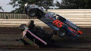 Junior Sedans: JJ Hamilton Crash - Maryborough Speedway - PakVim net