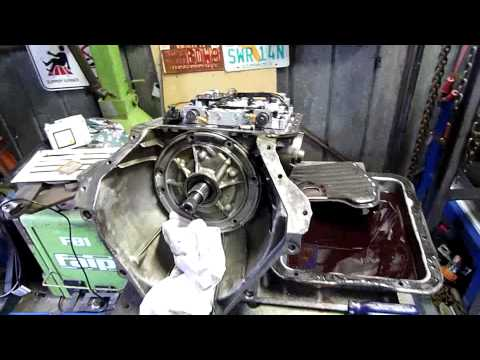 VS Holden Commodore Auto Trans (4L60E)Autopsy with Ed, Harley and Beau