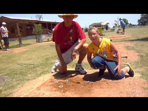Washer Pitching in Manor, Texas - James & Garret's Scoring Tutorial