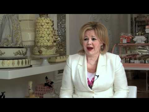 Interview with Cake Walk's Caroline Rhea