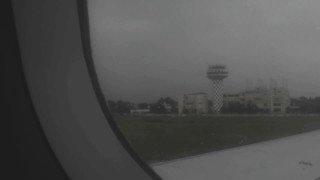 Dangerous take off in heavy rain from chennai airport