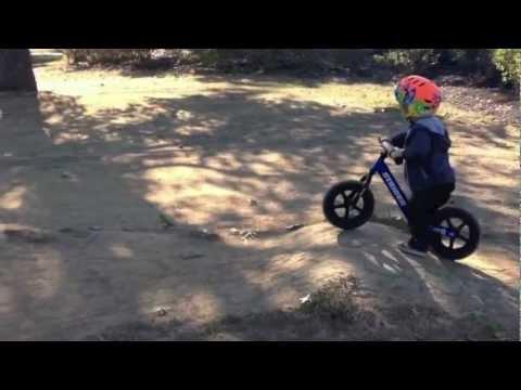 Emmett mini pump track strider balance bike