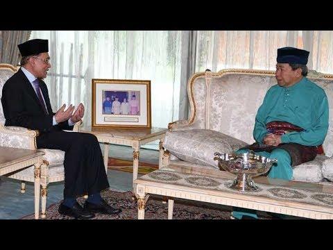 Anwar menghadap Sultan Selangor