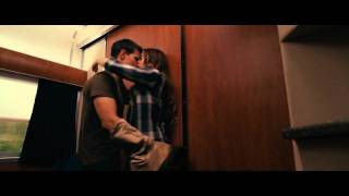 Abduction Kiss Scene taylor Lautner Lily Collins