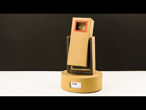 DIY Perpetual Flip Calendar from Cardboard
