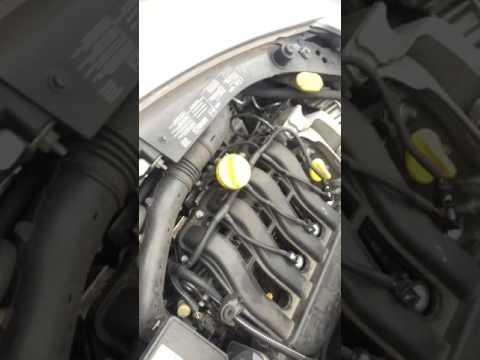 Change spark plugs on Renault Clio 2006-2009
