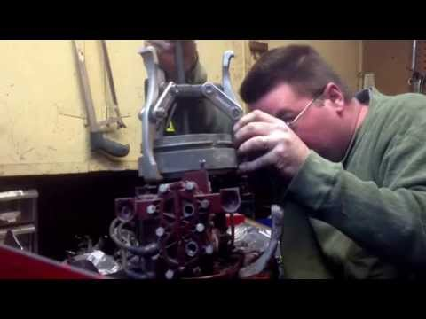 How to pull the flywheel on a Johnson Sea Horse outboard