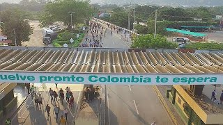 Venezuela exodus: thousands flock to Colombia in search of food and medicine