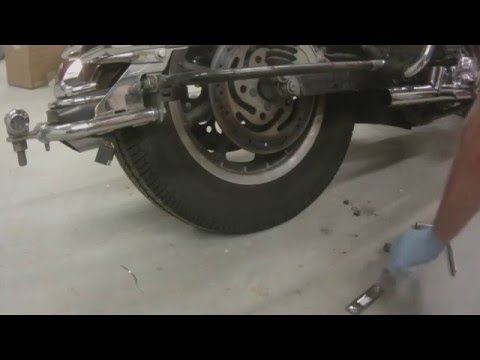 Harley Davidson Ultra Classic Rear Wheel Removal