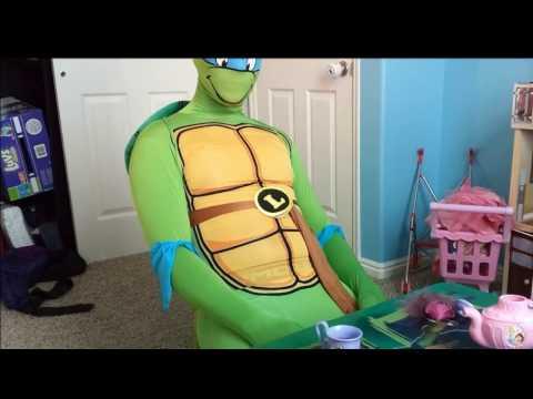 Rubie's Adult Costume Leonardo 2Nd Skin. TMNT Ninja Turtle Costume Review.