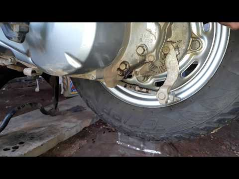 HOW TO CHANGE GEAR OIL OF YOUR SCOOTER