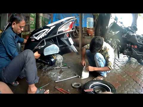 How to service scooter |Honda Dio|Basic servicing||by Hetero-genius