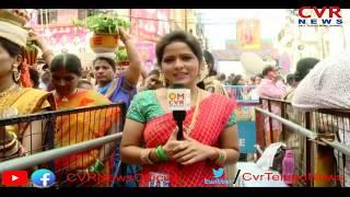 Ujjaini Mahankali Bonalu Celebrations 2019 | Devotees Face to Face with CVR News