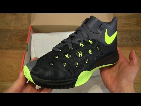finest selection 69cc8 689c1 Nike Zoom Hyperquickness 2015 Men s Basketball Shoe