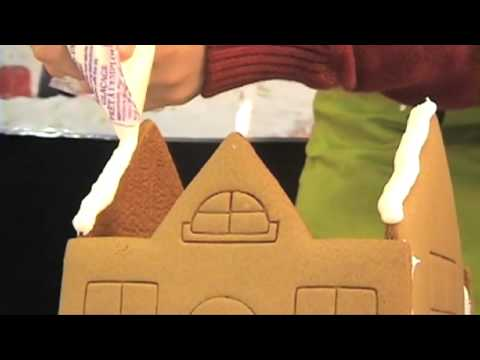 Gingerbread House with Tree