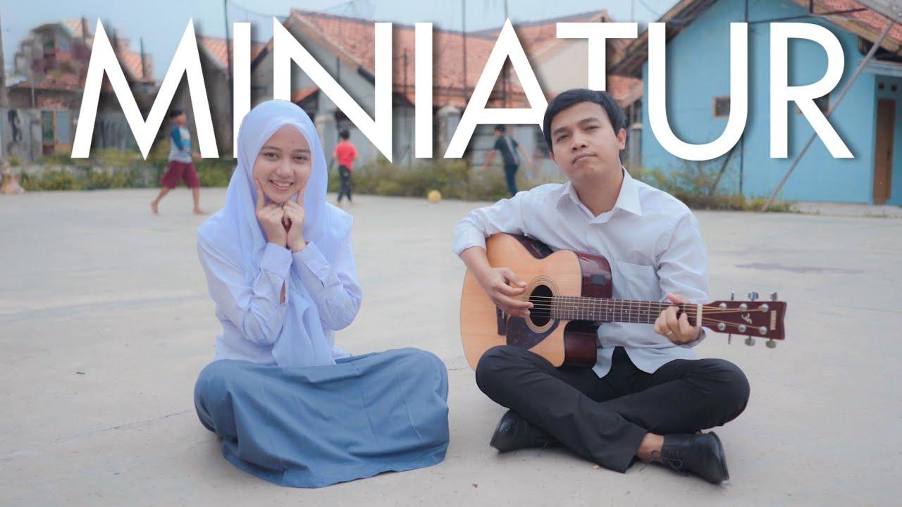 Download Suara Kayu - Miniatur (Karin & Pak Ogan Cover) MP3 Gratis
