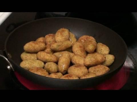 Dudhi muthiya or Kofta (Bottle Gourd balls) - Gujarati Recipes by Bhavna