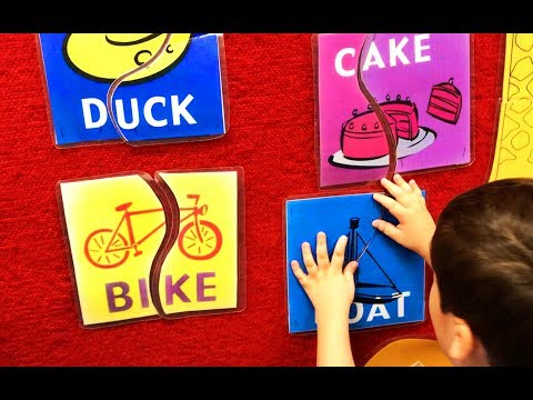 Learn simple words with puzzle pieces for toddlers, children. Let's Play Kids.