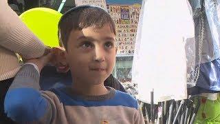 #x202b;פורים ברחוב החרדי: יוותרו על תחפושת חייל?   מתוך חדשות הערב 22.02.18#x202c;lrm;